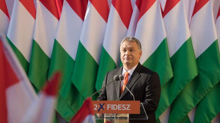 Viktor Orban en meeting àSzekesfehervar, dans le centre de la Hongrie, le 6 avril 2018. (ATTILA VOLGYI / XINHUA)