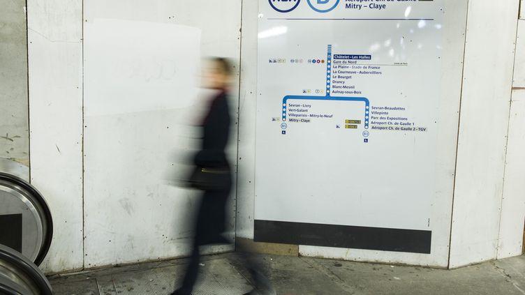 La station du RER B de Châtelet-Les Halles, à Paris, le 8 mars 2016. (GEOFFROY VAN DER HASSELT / AFP)