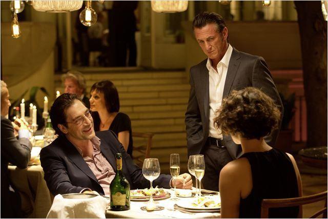 "Javier Bardem et et Sean Penn dans ""Gunman"" de Pierre Morel  (StudioCanal)"