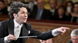 Gustavo Dudamel en répétition du Concert du Nouvel An, décembre 2016  (HERBERT NEUBAUER / APA / AFP)