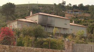Explosifs retrouvé devant des bâtiments administratif, plasticage de résidences secondaires... Le climat se tend en Corse. (FRANCE 3)
