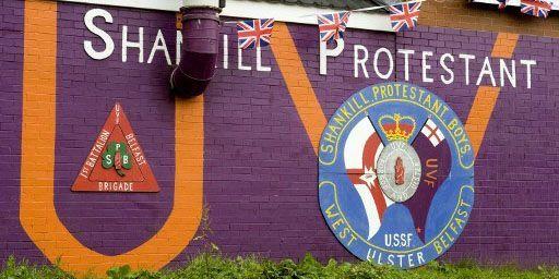 Un mur dans le quartier protestant de Shankill Road: l'affirmation d'une identité... (AFP - Hemis.fr - René Mattes)