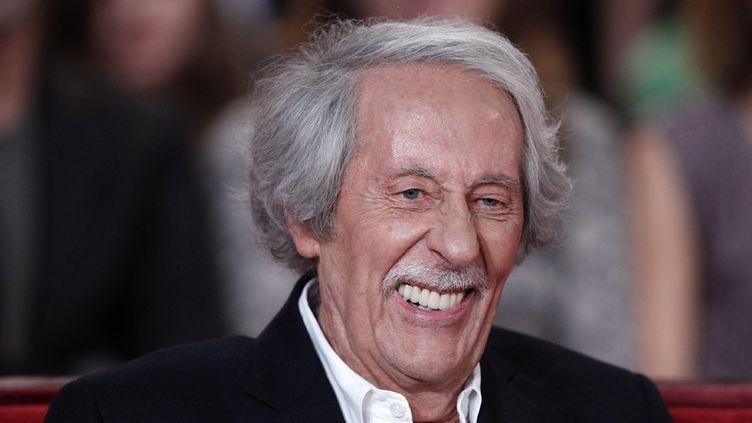"""Jean Rochefort sur le plateau de l'émission """"Vivement Dimanche"""", sur France 2, le 6 octobre 2010  (Frédéric Dugit / PhotoPQR / Le Parisien)"""