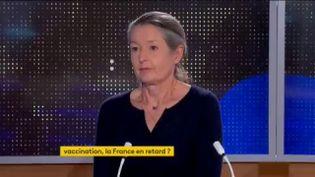 Odile Launay, infectiologue, coordinatrice du centre de vaccinologie Cochin-Pasteur, membre du comité vaccin Covid-19. (FRANCEINFO / RADIOFRANCE)