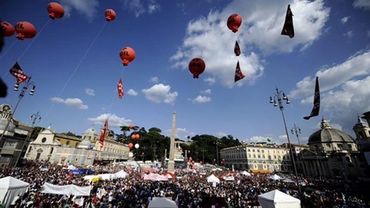 Manifestation à Rome le 03 octobre 2009 pour défendre la liberté de qla presse (© AFP/FILIPPO MONTEFORTE)