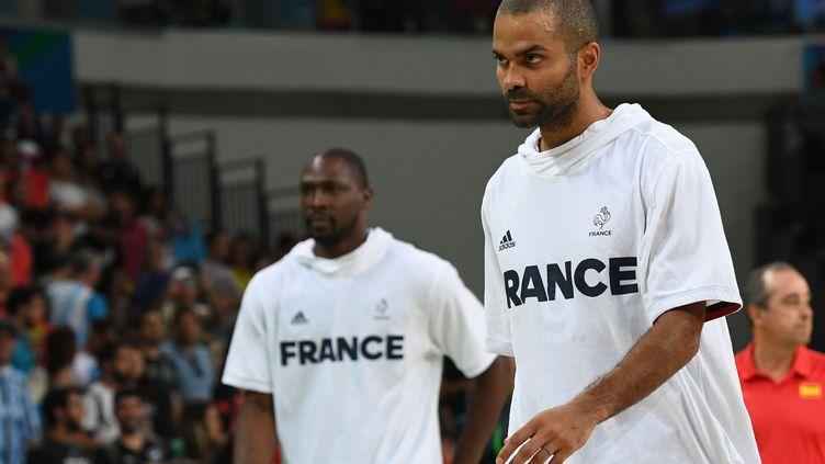 Les joueurs français Tony Parker et Florent Piétrus (MARK RALSTON / AFP)