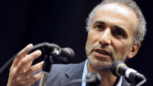 L'intellectuel suisse Tariq Ramadan, le 4 mars 2012. (MEHDI FEDOUACH / AFP)