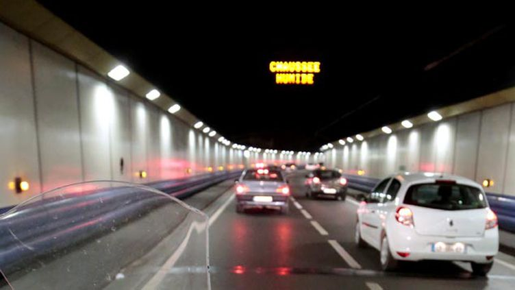 (La fusillade a eu lieu à la sortie du tunnel Prado-Carénage © MAXPPP)