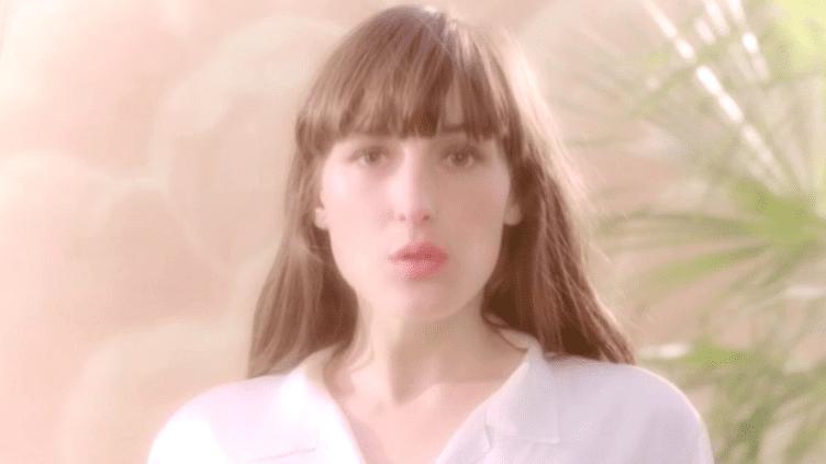 La chanteuse Juliette Armanet digne héritière de Véronique Sanson  (France 3)