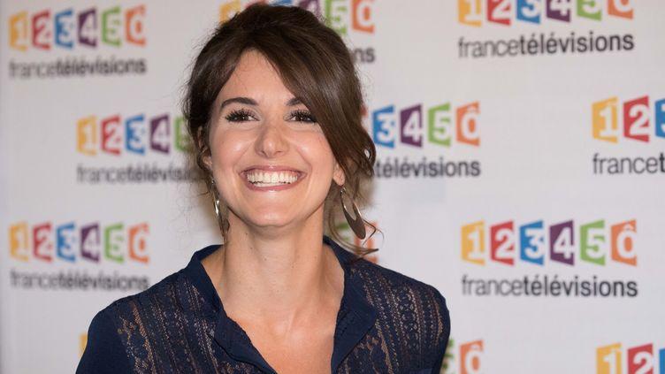 """La journaliste Fanny Agostini, présentatrice de l'émission """"Thalassa"""", sur France 3, à l'occasion de la rentrée de France Télévisions pour la saison 2017-2018, le 5 juillet 2017, à Paris. (MAXPPP)"""