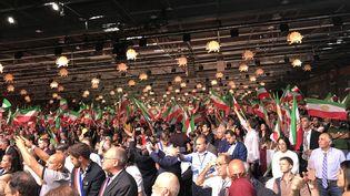 Le rassemblement organisé par l'opposition iranienne le 30 juin à Villepinte (Seine-Saint-Denis) avait réuni environ 25 000 personnes. (YUSUF OZCAN / ANADOLU AGENCY / AFP)