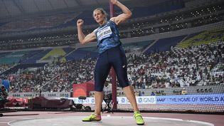 L'athlète française Mélina Robert-Michon, lors des qualifications du lancer de disque, aux Championnats du monde d'athlétisme, à Doha (Qatar), le 2 octobre 2019. (STEPHANE KEMPINAIRE / KMSP)