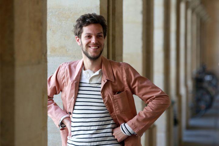 Le chef de l'ensemble Pygmalion Raphaël Pichon à l'Opéra National de Bordeaux, en avril 2015. (NICOLAS TUCAT / AFP)