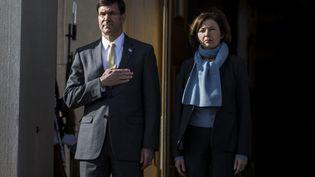Visite de la ministre française de la Défense, Florence Parly au Secrétaire d'état américain à la Défense, Mark Esper, à Arlington, le 27 janvier 2020. (ZACH GIBSON / GETTY IMAGES NORTH AMERICA)