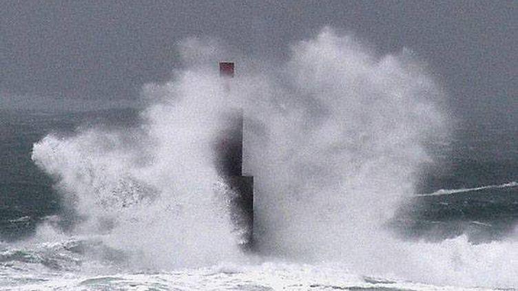 Au Guilvinec (Finistère), le 23 décembre 2013. Des rafales de plus de 120 km/h sont attendues sur la pointe du département breton. (  MAXPPP)