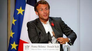 Emmanuel Macron, le 14 septembre 2020, à l'Elysée. (CHARLES PLATIAU / AFP)