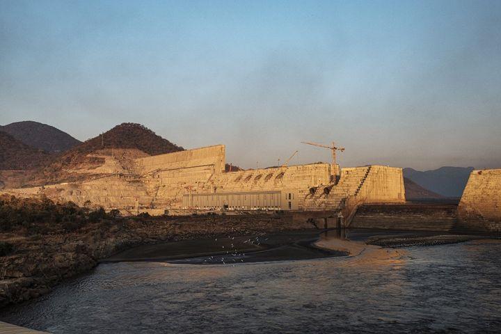 Le barrage de la Renaissance en Ethiopie lors de sa construction en décembre 2019. (EDUARDO SOTERAS / AFP)
