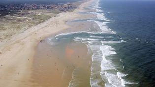 La plage du Porge, le 2 août 2007. (JEAN-PIERRE MULLER / AFP)