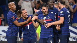 L'équipe de France de football lors de son match pour les éliminations de la Coupe du monde 2022 face à la Finlande, le 7 septembre 2021, à Lyon. (FRANCK FIFE / AFP)