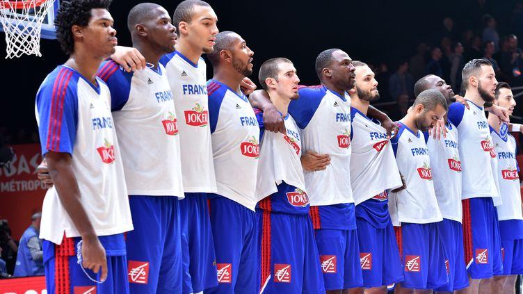 L'équipe de France tentera de monter sur le podium de l'EuroBasket ce dimanche (PHILIPPE HUGUEN / AFP)