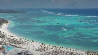 République dominicaine: moins de restrictions sanitaires pour attirer les touristes (FRANCE 2)