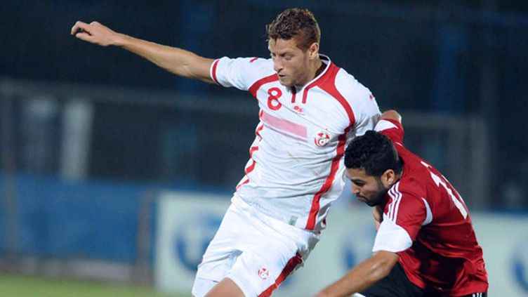 L'attaquant international tunisien Fakhreddine Ben Youssef (SALAH HABIBI / AFP)