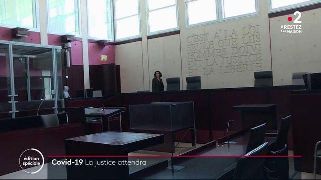 Confinement: les tribunaux à l'arrêt