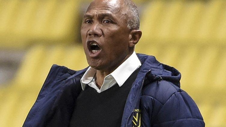 Antoine Kombouaré au stade de la Beaujoire à Nantes. (SEBASTIEN SALOM-GOMIS / AFP)