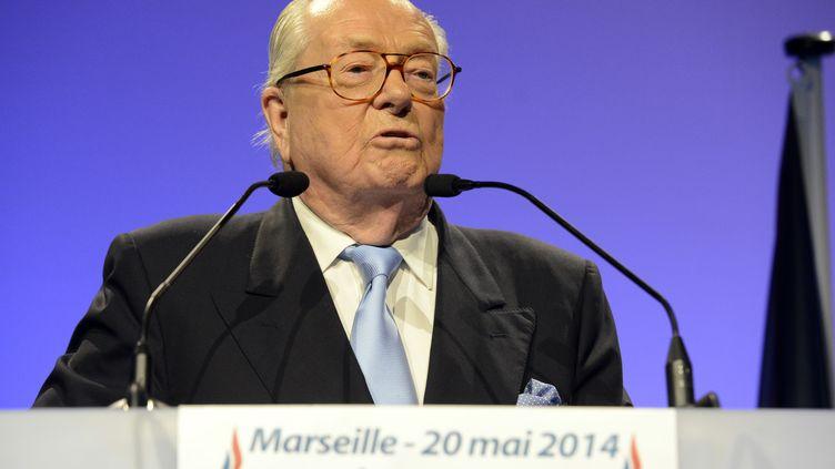Le président d'honneur du FN, Jean-Marie Le Pen, lors d'un meeting à Marseille, le 20 mai 2014. (FRANCK PENNANT / AFP)