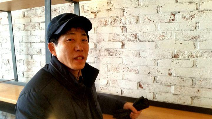 Park Sang-hak, Nord-Coréen etmilitant anti Kim Jong-un, estime queces Jeux ne sontqu'une tromperie. (BENJAMIN ILLY / RADIO FRANCE)