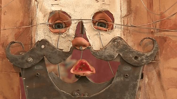 """L'automate """"La Joconde"""" de Gilbert Peyre refuse d'être retenue prisonnière au musée du Louvre.  (Capture d'image France3/Culturebox)"""