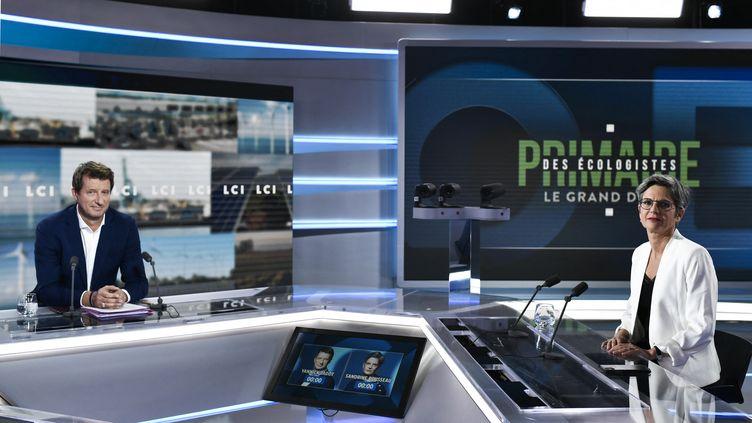 Le débat entre Yannick Jadot et Sandrine Rousseau pour la primaire écologiste sur LCI, le 22 septembre 2021. (STEPHANE DE SAKUTIN / AFP)