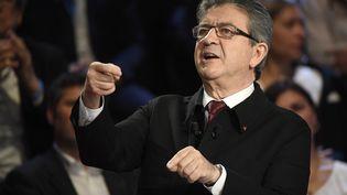 """Le candidat de La France insoumise Jean-Luc Melenchon durant """"Le Grand Débat"""" de la présidentiel, le 4 avril 2017. (LIONEL BONAVENTURE / POOL)"""