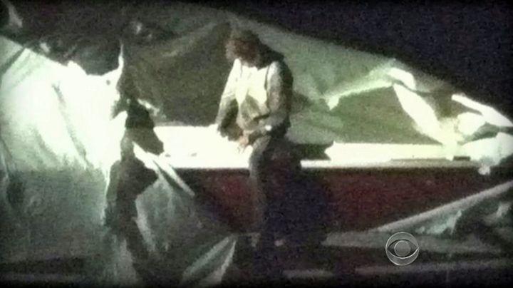 C'est dans ce bateau que s'était réfugié le deuxième suspect des attentats de Boston,Dzhokhar Tsarnaev, arrêté le 19 avril 2013. (CBS NEWS / AFP)