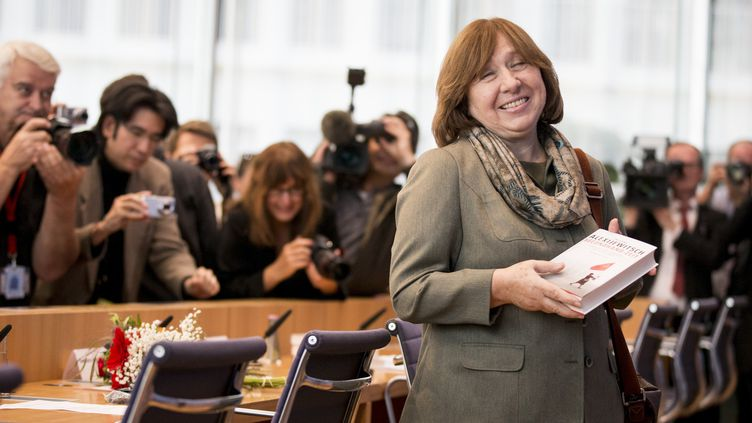 Svetlana Alexievitch met l'Europe en garde contre un rapprochement avec Loukachenko  (KAY NIETFELD / DPA / dpa Picture-Alliance/AFP)