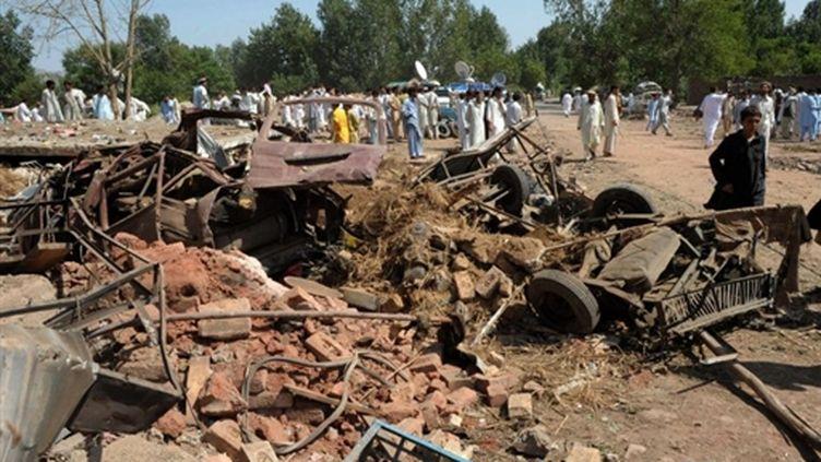 Le lieu où s'est produit l'attentat à Ustarzai, localité dans les montagnes du nord-ouest du Pakistan (© AFP PHOTO/A MAJEED)