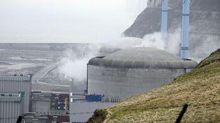 La centrale nucléaire de Penly (Seine-Maritime), le 6 avril 2012. (CHARLY TRIBALLEAU / AFP)