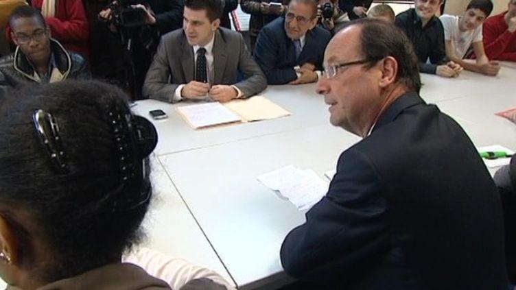 François Hollande à Pierrefitte le 13 janvier 2012 (FTV)