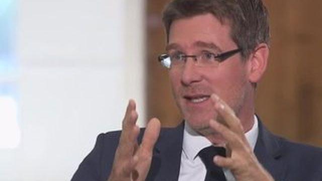 """Complément d'enquête - Sur la COP21, Pascal Canfin est """"raisonnablement optimiste"""""""