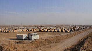 A 40 kilomètres au sud de Mossoul, de nombreuses tentes ont été installées pour accueillir les réfugiés qui fuient les combats. (MUHAMMET BAMERNI / ANADOLU AGENCY)
