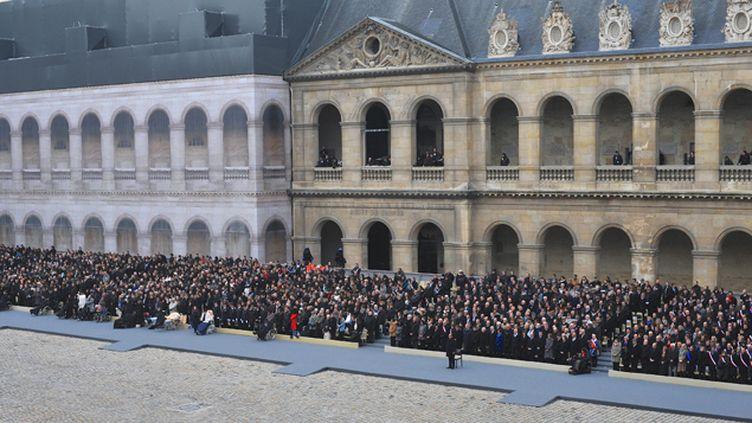 (Hommage national et solennel aux Invalides à Paris, le 27 novembre 2015 © Maxppp)