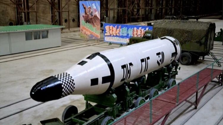 Missile balistique embarqué à bord d'un sous-marin, en Corée du Nord. (MAXPPP)