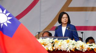La présidente taïwanaise, Tsai Ing-wen, lors d'un discours à Taipei, le 10 octobre 2021. (CENG SHOU YI / NURPHOTO / AFP)