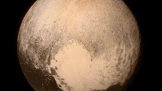 Image de Pluton envoyée par la sonde New Horizons, le 11 juillet 2015. (NASA / AFP)