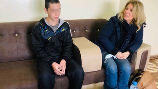 Le jeune Asad lors de sa rencontre avec une équipe de France Télévisions en Syrie, à la mi-janvier 2021. (STEPHANIE PEREZ / FRANCE TELEVISIONS)
