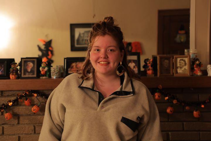 Lily Miller, chez elle, à Waterloo (Iowa, Etats-Unis), le 22 octobre 2018. (VALENTINE PASQUESOONE / FRANCEINFO)