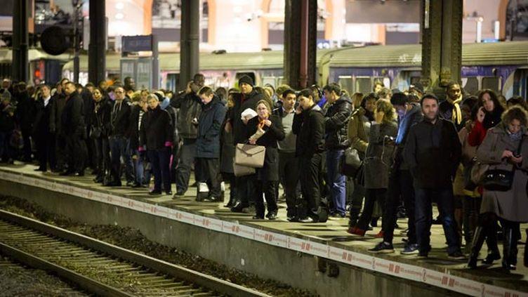 (Les usagers des RER A et B vont devoir être patients ce jeudi © maxPPP)