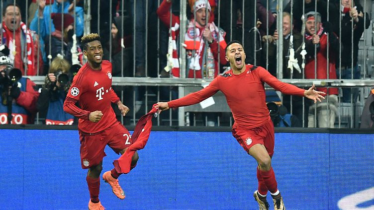 La joie de Kingsley Coman et Thiago Alcantara (CHRISTOF STACHE / AFP)