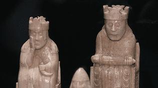 Pièces de jeux d'échecs  (France 3 Culturebox capture d'écran)