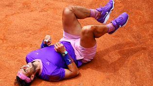 Rafael Nadal lors de son quart de finale face à Alexander Zverev le 14 mai à Rome. (ANDREAS SOLARO / AFP)